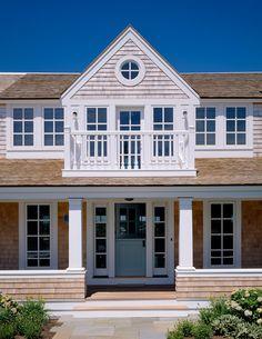 Beach Cottage - Home Bunch - An Interior Design & Luxury Homes Blog
