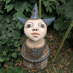 e-keramika / modrooká víla Garden Sculpture, Carnival, Sculptures, Christmas Ornaments, Holiday Decor, Outdoor Decor, Artwork, Home Decor, Work Of Art