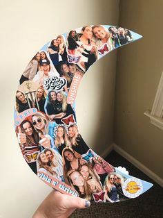 Gamma Phi Beta Big/little Crescent Sorority Canvas, Sorority Paddles, Sorority Crafts, Gamma Phi Crafts, Sorority Recruitment, Big Little Week, Big Little Gifts, Diy Best Friend Gifts, Bff Gifts