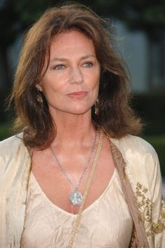 Jacqueline Bisset played Constance Isles Maura's mother