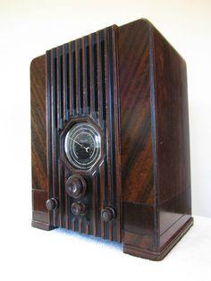 Vintage 1930s Majestic Antique Depression Era Art Deco Old Radio Plays Great | eBay
