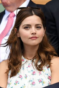 Jenna Coleman at the Wimbledon Semi Final Jenna Coleman Hair, Jenna Coleman Style, Locks, Beautiful People, Beautiful Women, Hello Beautiful, Gamine Style, Soft Gamine, Doctor Who Companions