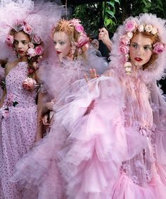 Rodarte's princess-worthy tulle always has us swooning . Look Fashion, High Fashion, Fashion Design, Daily Fashion, Paris Fashion, Couture Dresses, Mannequins, Pretty In Pink, Editorial Fashion