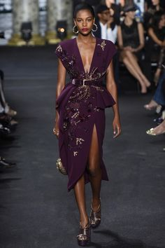 For his fall-winter 2016 haute couture collection, Elie Saab