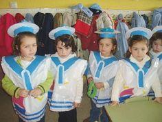 Marineros con bolsa de plástico de basura blanca de multipapel.com Diy Carnival, Carnival Costumes, Diy Costumes, Fancy Dress, Dress Up, Art For Kids, Crafts For Kids, Summer Time, Special Events