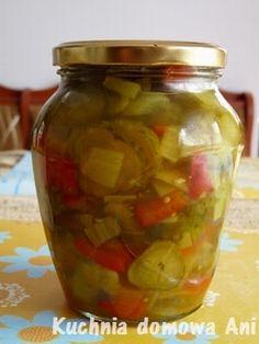 Kuchnia domowa Ani: Sałatka ogórkowa z papryką i kurkumą