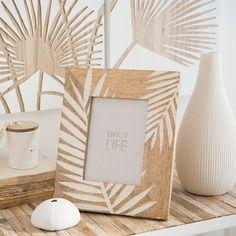 Carved Mango Wood Photo Frame 13 x 18 cm Photo Frame Decoration, Photo Frame Design, Decor Crafts, Diy And Crafts, Cadre Design, Photo Picture Frames, Photo Frames Diy, Foto Frame, Hanging Photos