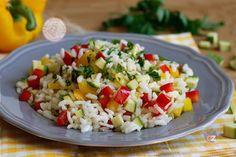 RISO CON VERDURE My Favorite Food, Favorite Recipes, Pasta Recipes, Cooking Recipes, Calamari, Rice Dishes, Food Art, Italian Recipes, Cobb Salad