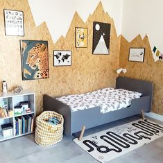 MERRY Junior bedWhite ral 9003 / Exclusive mattress / yes, with assembly - € - What a cool wall together with our Cheerful junior bed!