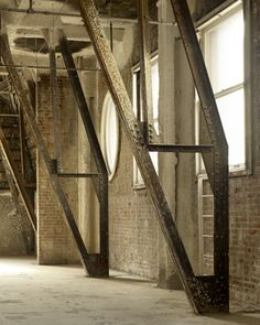 Brick and steel Industrial Living, Modern Industrial, Vintage Industrial, Industrial Design, Arch Interior, Interior Design, Minimal Architecture, My House, I Shop