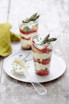Asperge - yaourt - poivron : les légumes et leur sauce directement mélangés, à attaquer à la cuillère !