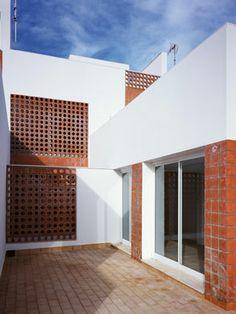 On Diseño - Proyectos: Casa más o menos. Proyecto Alcalá 01