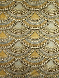Florentine 3 APTM-11516-183 Pewter    Gorgeous clam shell print in shades of gold, gray and black with metallic outlines.    Item # 012002504    List Price $11.40  Your Price $9.95