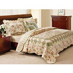 Bliss Ivory 5-Piece King-size Quilt Set | Overstock.com
