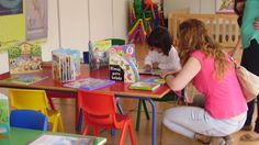 Lectura en familia. En la Pequeteca de la Feria del Libro de Málaga 2014