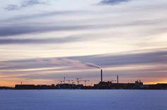 . . . #kalasatama #arabianranta #arabia #myhelsinki #helsinki #visitfinland #visithelsinki #ig_finland #explorefinland #sunset #sunsetporn #pastels #longexposure #yleluonto #uusiluontokuva #ourhelsinki #ourfinland #ig_helsinki #helsinkiofficial #finland_photolovers #igscandinavia #nordicphotos #balticsea #ig_naturepics