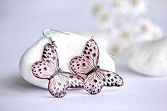 Pink Butterflies with black spots – Epoxy Resin earrings - Dangle Earrings - Gift for Her – Modern Jewellery – Bridesmaid Gift Unique Earrings, Etsy Earrings, Dangle Earrings, Pink Butterfly, Butterflies, Modern Jewelry, Jewelry Art, Jewelry Cleaning Solution, Resin Jewellery