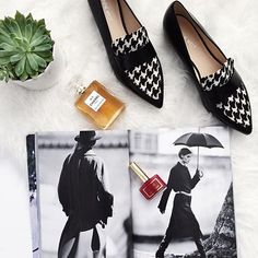 Curvy fashion blogger for women over 35, fashion, style, shoes, flatlay,