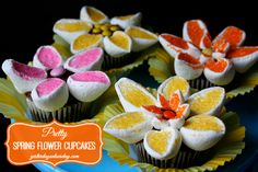 Pretty Spring Flower Cupcakes: An easy way to make your cupcakes special! #spring #flowercupcakes #yesterdayontuesday