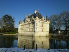Chateau Hotel, Saumur, Saint Nazaire, Tourist Office, Camping Car, Tower Bridge, Tour Guide, Mansions, House Styles