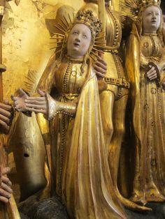 1391-1399 Altarpiece, Musee des Beaux-Arts, Dijon https://photos.google.com/share/AF1QipOLwjpuJiaMSZuzSGMFukCmGjvXJSxNafE12RYaVpHP7fm58iL3f8-dUYuCYUsLew?key=SWc2aEtpeXcxWmlodm9vazRJcnlDTzV0elMzb0lB