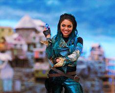 World of my dreams Disney Channel Stars, Disney Channel Original, Disney Stars, The Descendants, Cameron Boyce Descendants, Alex Russo, Sofia Carson, Debby Ryan, Disney California Adventure