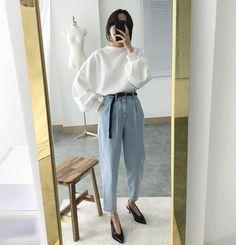 Ideas For Fashion Street Style Winter Monochrome Fashion Moda, Look Fashion, New Fashion, Trendy Fashion, Fashion Trends, Swag Fashion, Fashion Lookbook, Fashion Vintage, Fashion 2018