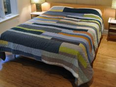 Putnam-Hauser Linen Quilt | Vertical instead of horizontal stripes for the cabin quilt? Gathering ideas.