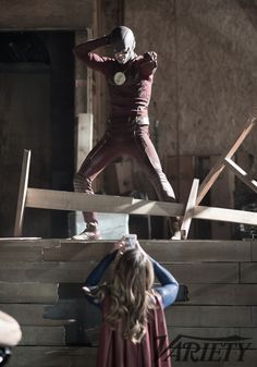 Behind the Scenes of #TheFlash // #Supergirl Crossover Via Variety (EXCLUSIVE)