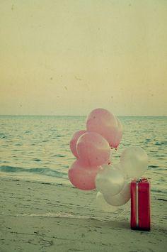 ballon on the sea