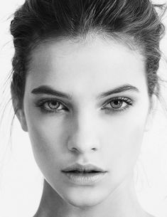New Fashion Model Face Portraits Barbara Palvin Ideas Barbara Palvin, Portrait Male, Portrait Photography, Fashion Photography, Poses References, Model Face, Black And White Portraits, Woman Face, Pretty Face