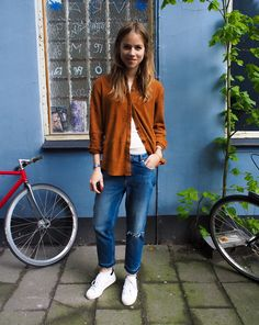 Suede, Denim plus White Sneakers - TRINE'S WARDROBE