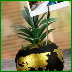 Succulent 3D World Patterned Concrete Flower Pot with Personal Photo Black personalized photo, which you can prepare for your loved ones with an artificial succulent world pattern, which is presented in a very stylish 3-dimensional flowerpot, this product will once again reveal the value you give to your loved ones and make them very happy. It will be a gift. * Succulents may differ depending on the stock availability. 10 X 12 CM Product Content baby shower ideas for boys decorations