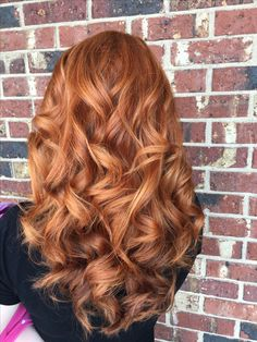 Copper hair, fall hair, gingers, redheads Best Picture For auburn hair styles medium For Your Taste Fall Hair Colors, Red Hair Color, Hair Color Balayage, Copper Hair Colors, Ombre Color, Short Red Hair, Long Curly Hair, Curly Hair Styles, Copper Blonde