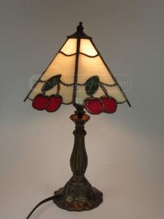 shopgoodwill.com: CHERRIES Beautiful Stained Glass Table Lamp