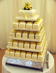 Mini cakes or petie fours wedding cake