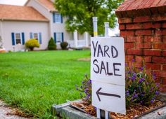 The Ultimate Guide to Hosting a Yard Sale | Budget Savvy Diva #ad