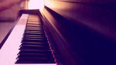 amazing piano music (Shah Rukh Khan )