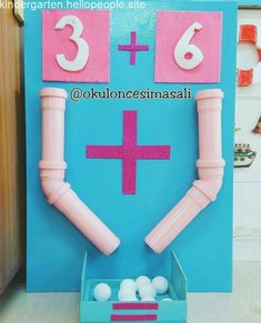 This is such an innovative way to teach math! The children can count out the balls and then at the end count the total. you can change and play with the numbers too! Kindergarten Activities, Classroom Activities, Teaching Math, Kids Learning Activities, Fun Learning, Toddler Activities, Hands On Learning, Math For Kids, Kids Education