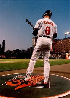 Cal Ripken Jr. 'Oops I crapped my pants!' LOL love my O's just not him ....I mean who doesn't sign a baseball for a kid ?!