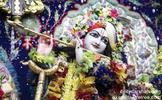 To view Gopinath Close Up Wallpaper of ISKCON Chowpatty in difference sizes visit - http://harekrishnawallpapers.com/sri-gopinath-close-up-wallpaper-010/