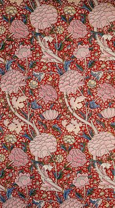 William Morris 'Cray' printed textile 1884 362 x cm Block-printed cotton William Morris Gallery, London Borough of Waltham Forest William Morris Wallpaper, William Morris Art, Morris Wallpapers, Flower Wallpaper, Pattern Wallpaper, Cat Wallpaper, Textile Prints, Textile Patterns, Floral Prints