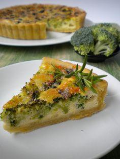Quiche de brócoli y queso azul  http://lacocinamagicademanu.blogspot.com.es/2013/07/quiche-de-brocoli-y-queso-azul.html