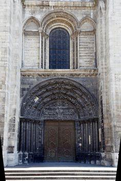 Basilique Saint-Denis. Ile-de-France