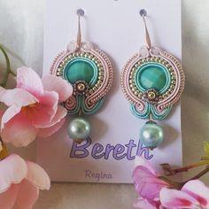 #orecchini#soutache#outfit#rosa#verdeacqua#regalo#presents#woman#donne#vendita#earrings#eleganza#monachella#style#elegante#femminile#femminilità#madewithlove#bijoux#solocosebelle