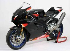 Aprilia RSV 1000 R - http://motorcyclecarz.com/aprilia-rsv-1000-r-2/
