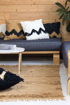 Fringe collection- rugs and cushions.