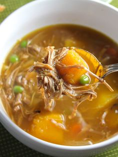 Turkey and Butternut Squash Stew recipe puts leftovers to flavorful use. It& especially tasty when you make your own stock. Butternut Squash Stew, Squash Soup, Chili Recipes, Soup Recipes, Healthy Recipes, Cooker Recipes, Drink Recipes, Crockpot Recipes, Butternut Squash