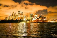 Sydney, de koninginnestad van 'the Lucky Country' - De Standaard: http://www.standaard.be/cnt/dmf20151203_02002587