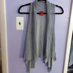 Gray cardigan This stylish cardigan is ready for a new closet to call home! Ella Moss Sweaters Cardigans